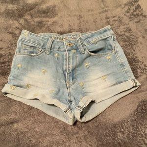 palm tree curvy shorts